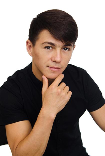 Аджарипов<br> Марлен Недимович