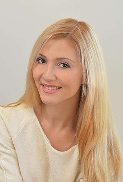 Меметова<BR> Эмилия Сейтаблаевна